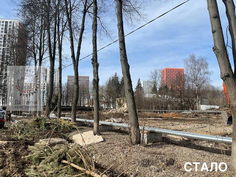 Два аварийных дома под переселение снесли в Одинцово-1 на ул. Ракетчиков